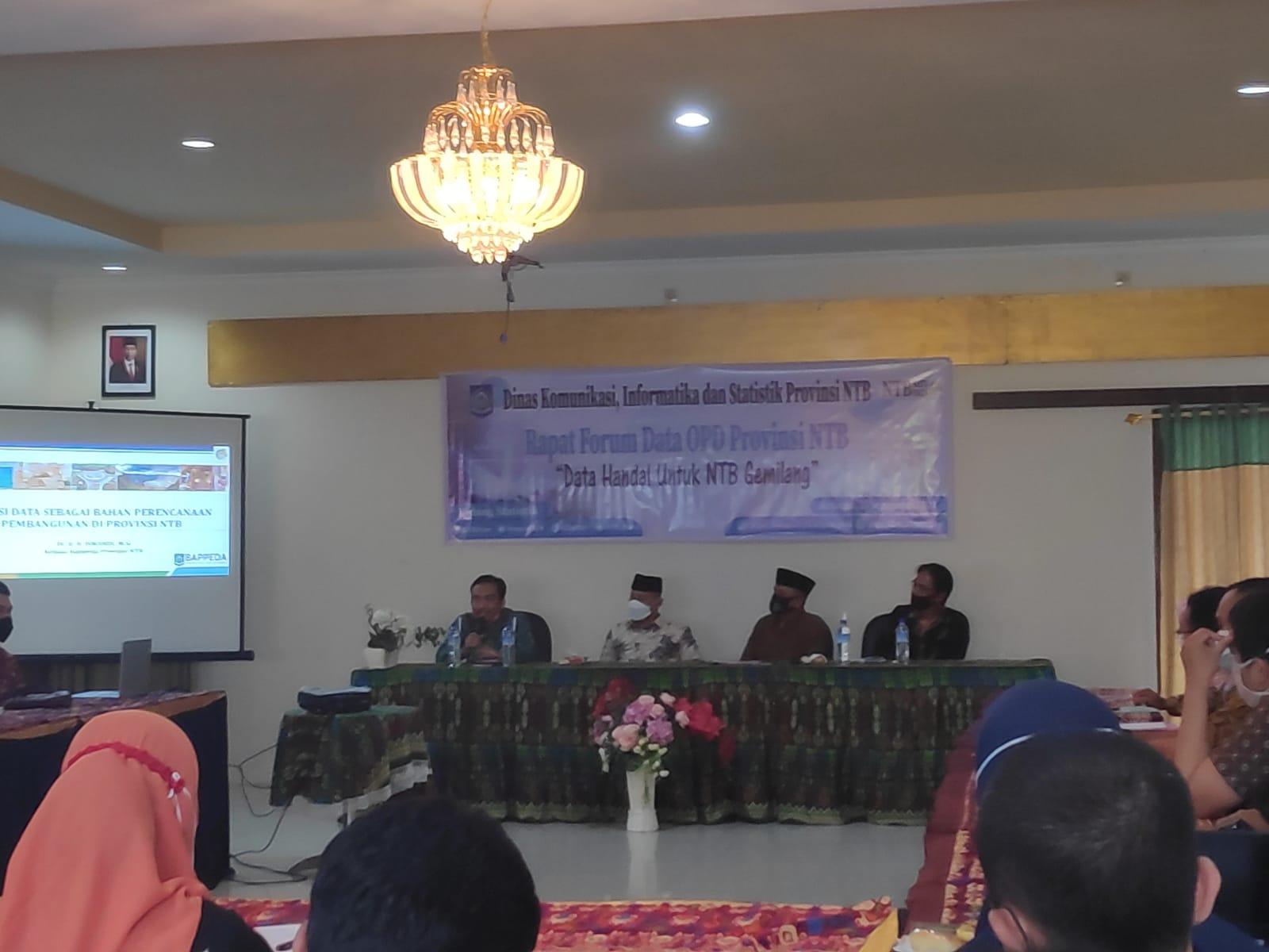 Rapat Forum Data Perangkat Daerah Provinsi Nusa Tenggara Barat
